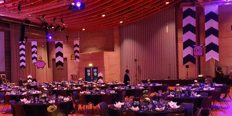Décoration de salle pour la fête annuelle du personnel de la BCF